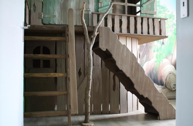 Allround deco themakamers jungelbed met glijbaan - Deco voor een kamer ...