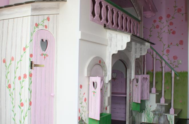 Allround deco themakamers meisjesbed huisje for Deco volwassen kamers